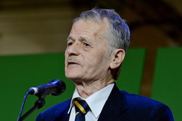 Mustafa Džemilev, storico leader dei tatari di Crimea - Review News / Shutterstock.com