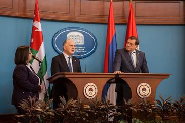 L'incontro fra Dodik e Chirikba