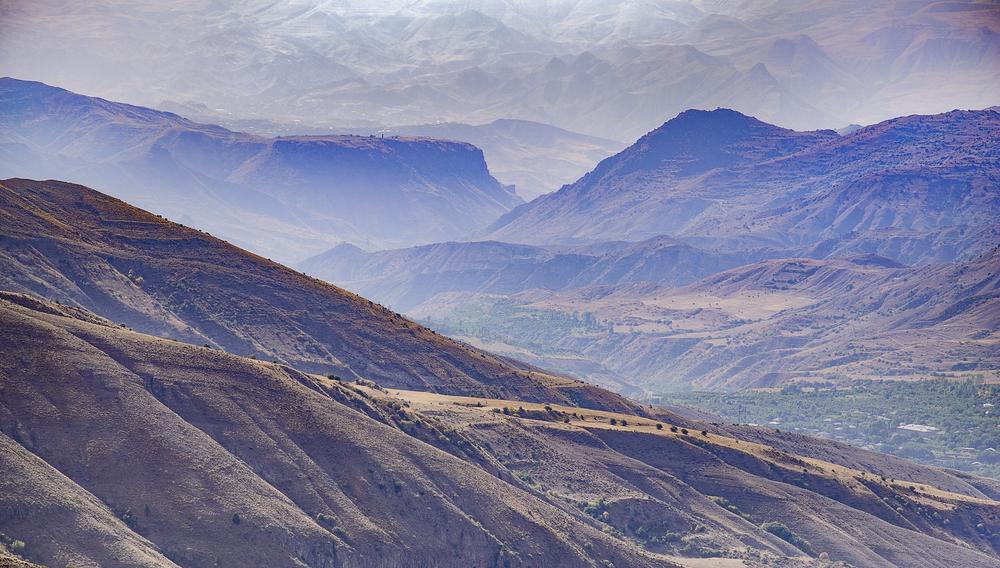 Paesaggio montano a Syunik, Armenia © Wirestock Creators/Shutterstock