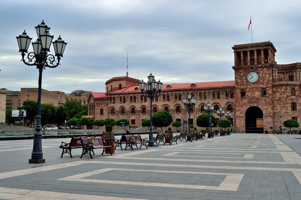 Piazza della Repubblica - Yerevan