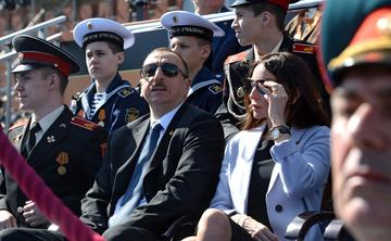 Ilham Aliyev with his first lady  (foto Kremlin.ru - wikimedia)