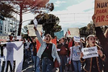 Proteste degli studenti a Tirana nel gennaio 2019 - foto di Ivana Dervishi e Isa Dervishi