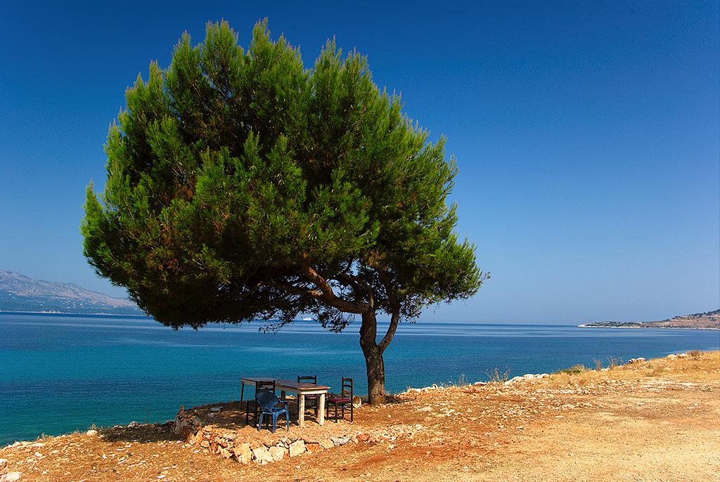 Albania, vista sul mare - foto Artur Malinowski Flickr.jpg