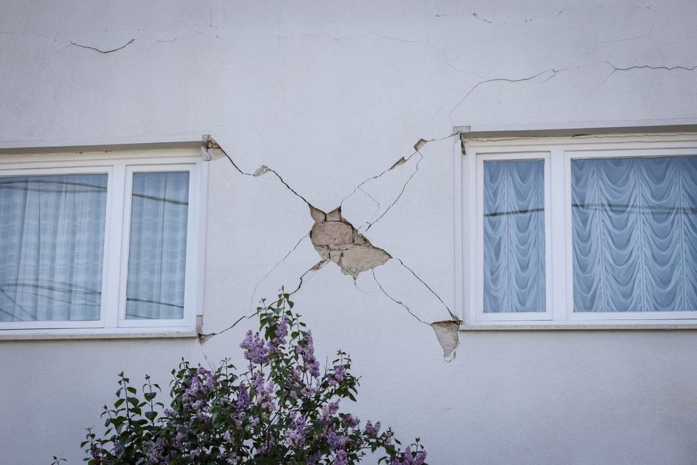 Una casa danneggiata a seguito del terremoto che ha colpito Zagabria il 2 aprile 2020 (Goran Jakus/Shutterstock)