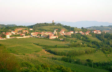 Hills of Brda (foto Sl-Ziga - license public domain)