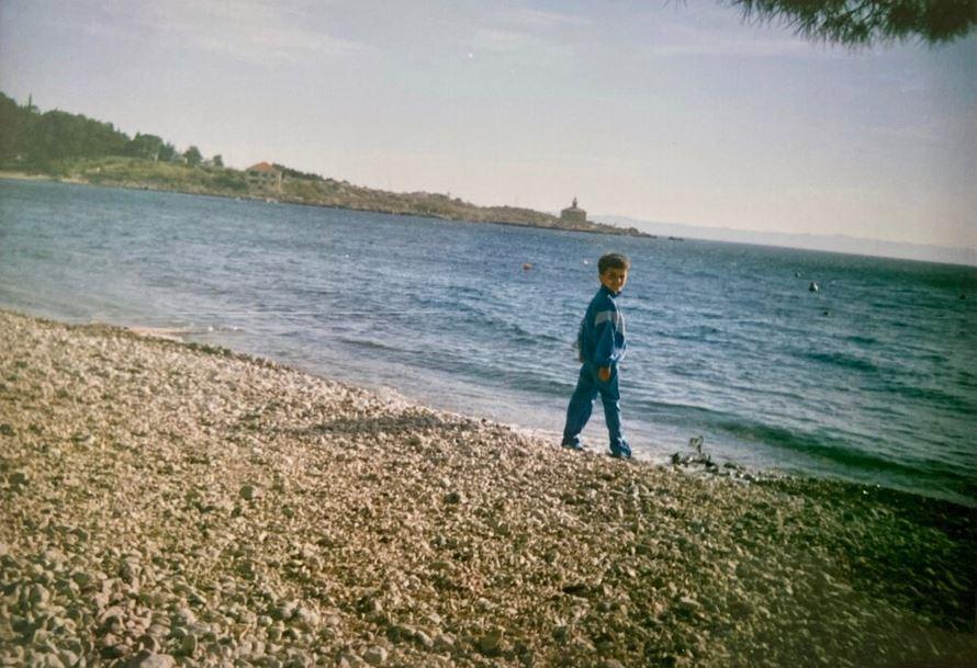 Anni '80 sulla spiaggia di Makarska (all'epoca Jugoslavia, oggi Croazia) © A. Brezar