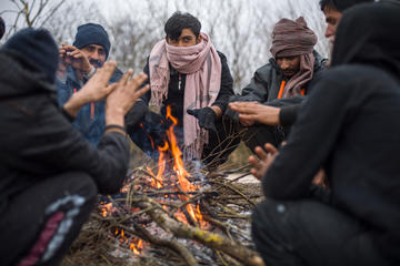 Bosnia, migranti nel bosco - © foto Michele Lapini