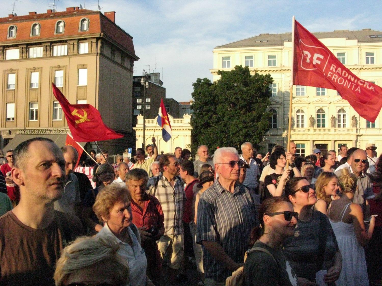 Prosvjed na Trgu maršala Tita. (foto S. Milekić)