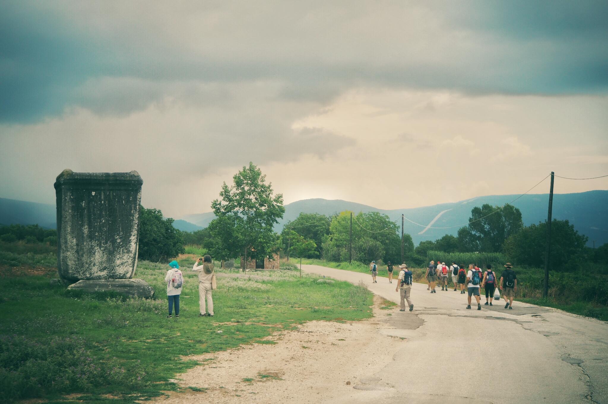 Una fotografia relativa all'edizione 2018 dell'iniziativa lungo la Via Egnatia (FuoriVia)