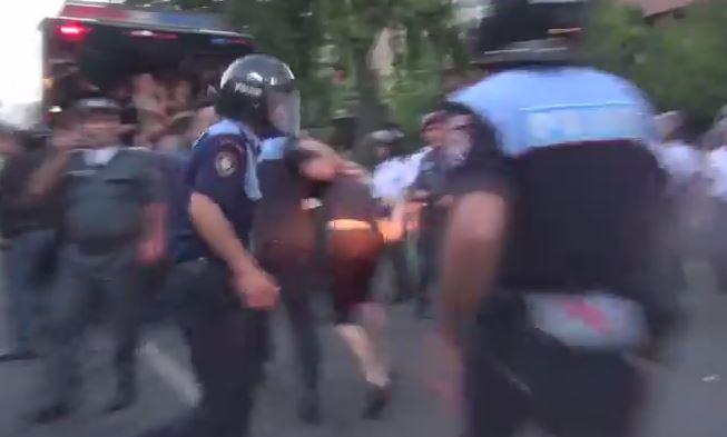 Immagine tratta dal video di Tehmine Yenoqyan