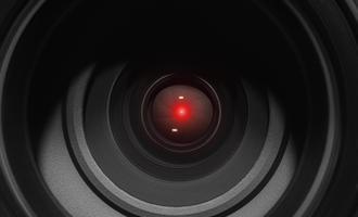 Obiettivo di una telecamera - © EVGEIIA/Shutterstock