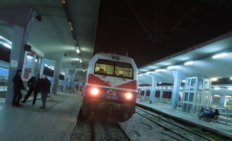 Treno a Salonicco (foto: Conticium/Flickr – CC BY 2.0)