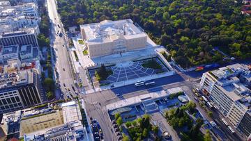 Veduta aerea di Piazza Syntagma (© Aerial-motion/Shutterstock)