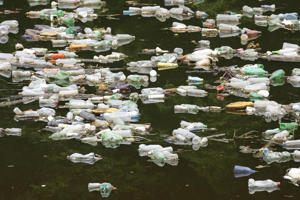 بخش آلوده رودخانه در بوسنی و هرزگوین (© JRP Studio / Shutterstock)