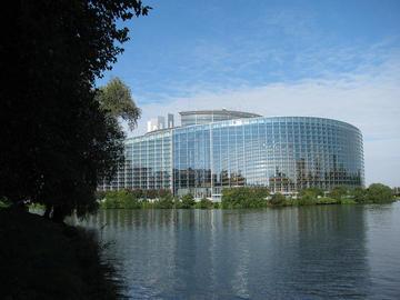 Parlamento europeo, foto di Niksnut - Flickr.com.jpg