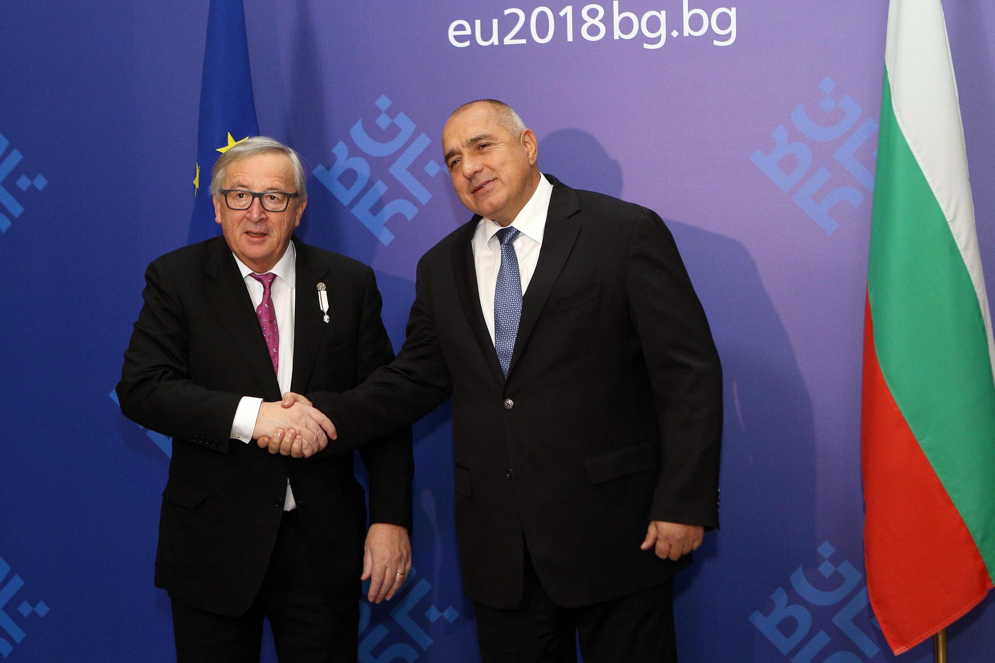 Jean-Claude Juncker e Boykko Borisov (foto EU2018BG Bulgarian Presidency)