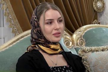 Khalimat Taramova, fermo immagine da Grozny TV