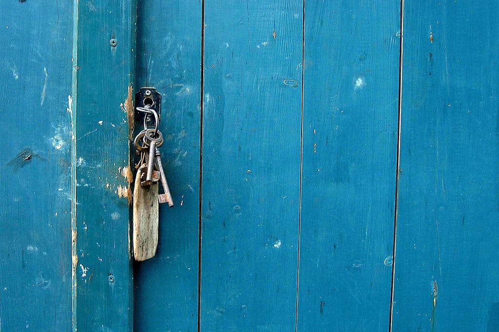 Porta con chiave, foto Willi heidelbach - Flickr.jpg