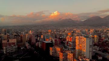 Tirana dall'ultimo piano dell'hotel Plaza - Foto di Nicola Pedrazzi