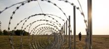 Il filo spinato del muro ungherese (foto G. Vale)