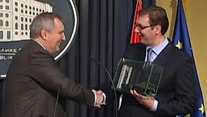 Rogozin e Vučić