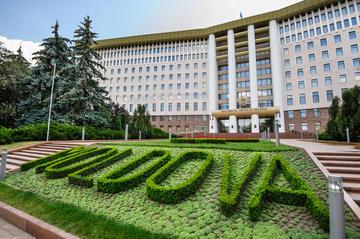 La sede del parlamento a Chișinau (© Serghei Starus / Shutterstock.com)