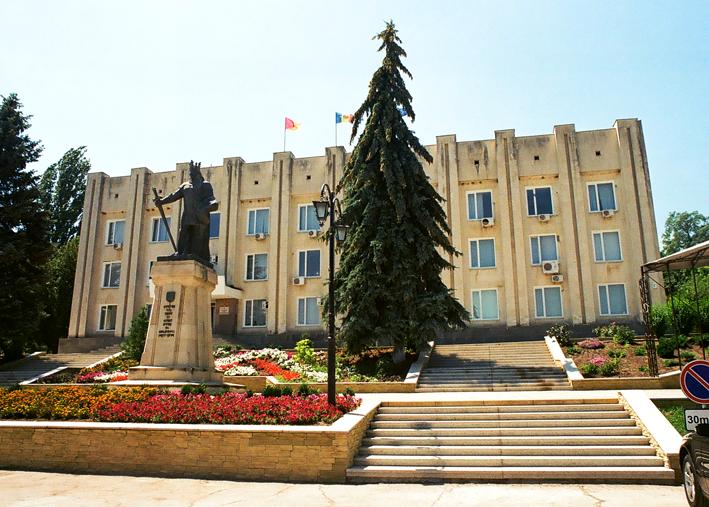 Il centro di Cimişlia (foto F. Brusa)