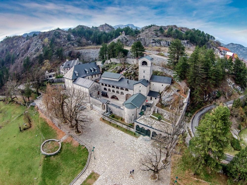 Monastero di Cetinje - Montenegro (©sduraku/Shutterstock)