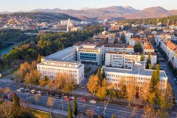 Podgorica, le sedi della Presidenza, del Parlamento e del Governo montenegrino © Predrag Jankovic/Shutterstock