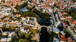 Vista area della città di Mostar © Tjasa Razinger/Shutterstock