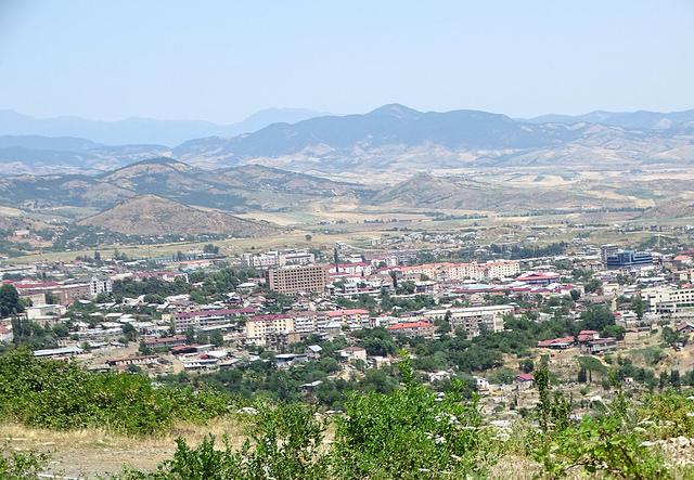 Stepanakert, Nagorno-Karabakh - foto di Adam Jones Flickr.com.jpg