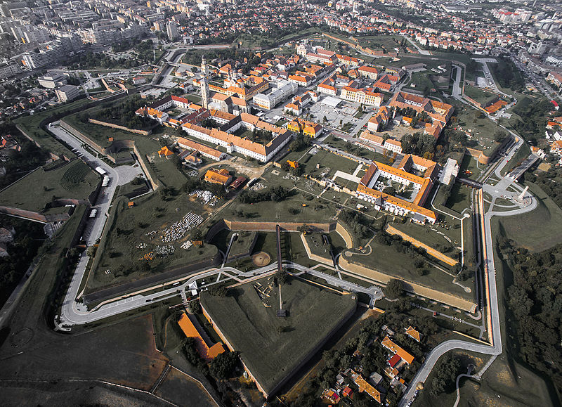 The EU contributed with 36 million euros to the restauration of the citadel of Alba Iulia in Romania (photo: Kiki Vasilescu/Wikimedia Commons CC BY-SA 4.0)