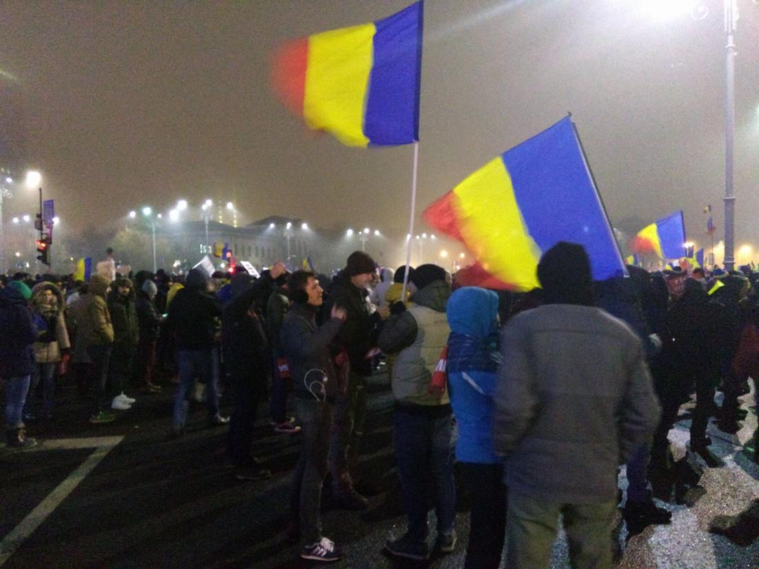 Bucarest, proteste di piazza 2017 (foto di Corupta Ucide - Facebook).jpg