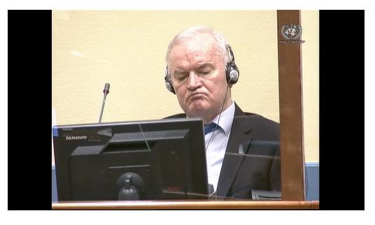 Ratko Mladić durante la lettura della sentenza di secondo grado l'8 giugno 2021