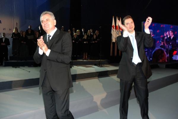 Tomislav Nikolić e Aleksandar Vučić (foto wikimedia)