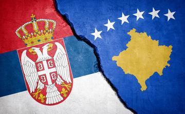 Rappresentazione dello scontro tra Serbia e Kosovo - © ffikretow/Shutterstock