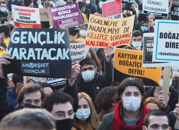 Proteste all'Università Boğaziçi © Gokce Atik/Shutterstock