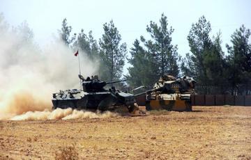 Carri armati turchi a Karkamis in Siria, foto dal web.jpg