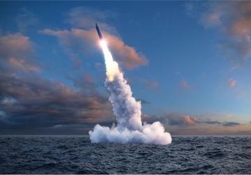 Lancio di un missile balistico - © Alexyz3d/Shutterstock