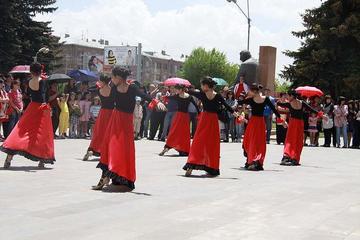 Festa per i diritti umani a Gyumri