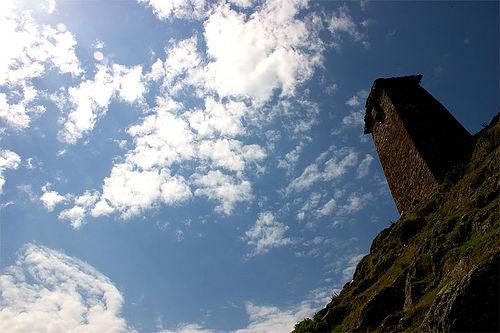 Georgia, una delle caratteristiche torri medievali (Foto justindc, Flickr)