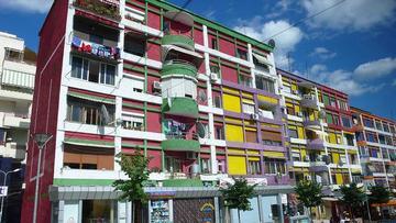 Case di Tirana, Albania - foto di Michel 27 - Flickr.com