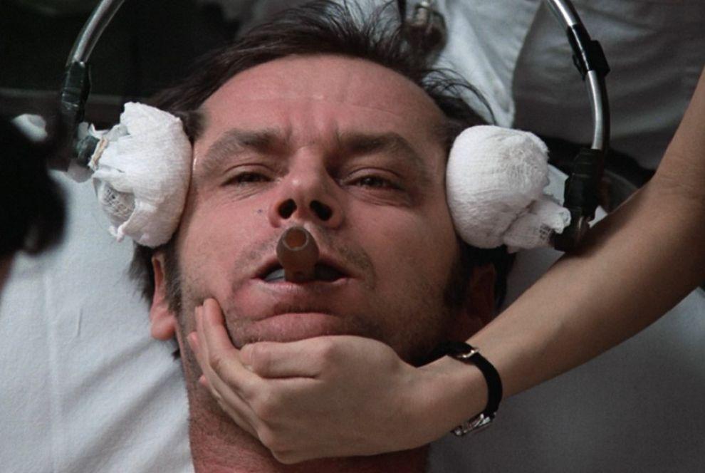 Jack Nicholson in una scena del film di Forman