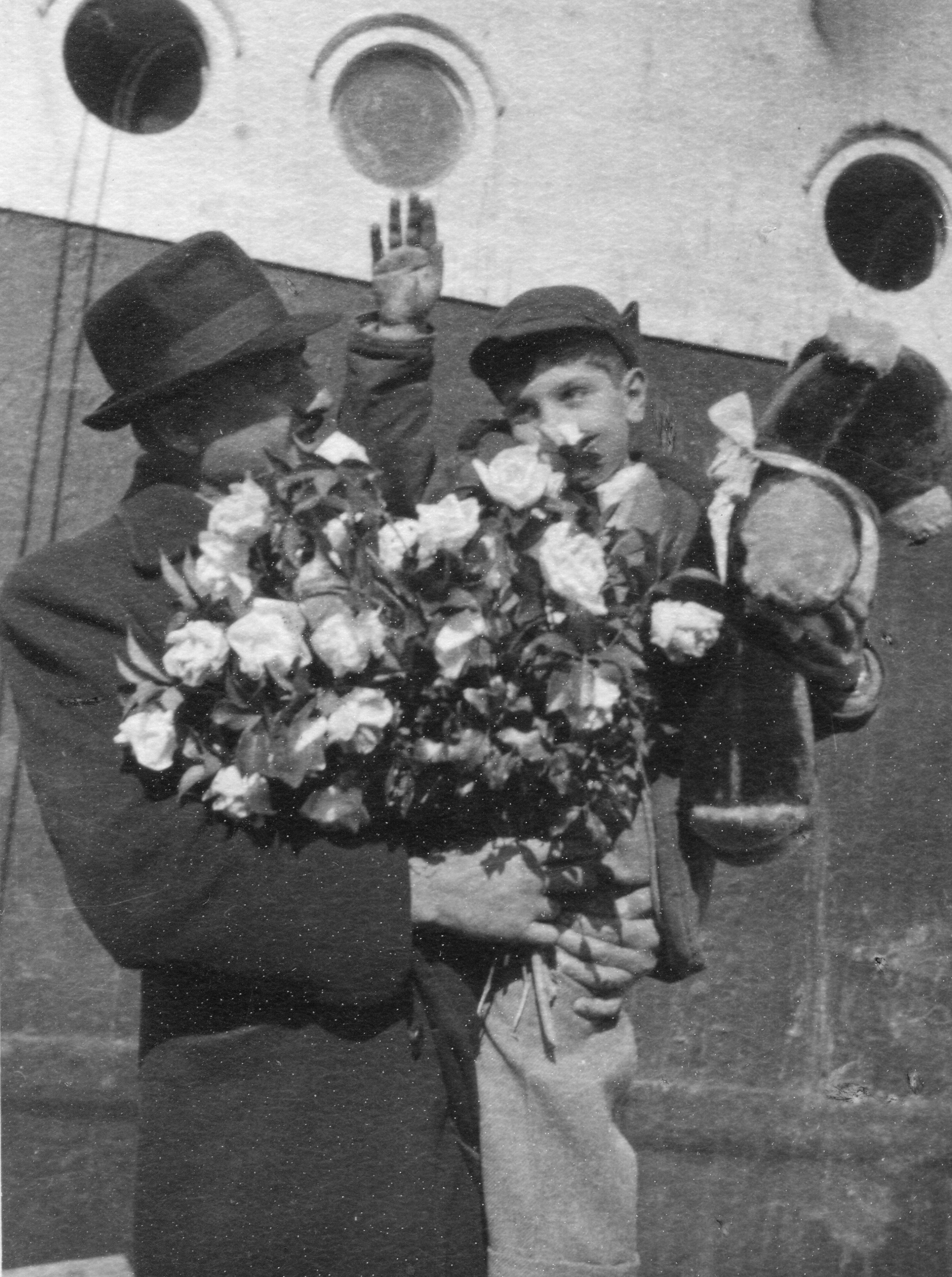 From america to armenia aboard the sobieski in 1949 galleries fanfare greeting at batumi upon the arrival of the second caravan of american armenians a large bouquet of white roses welcome crosbys little brother kristyandbryce Images