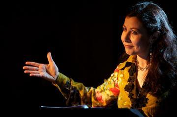 Roberta Biagiarelli in Il tempo della festa