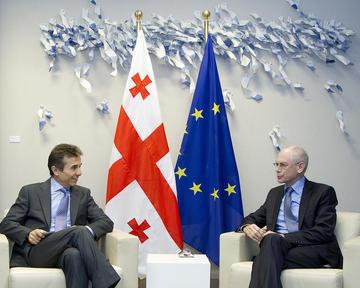Il primo ministro georgiano in un incontro con il presidente europeo Van Rompuy