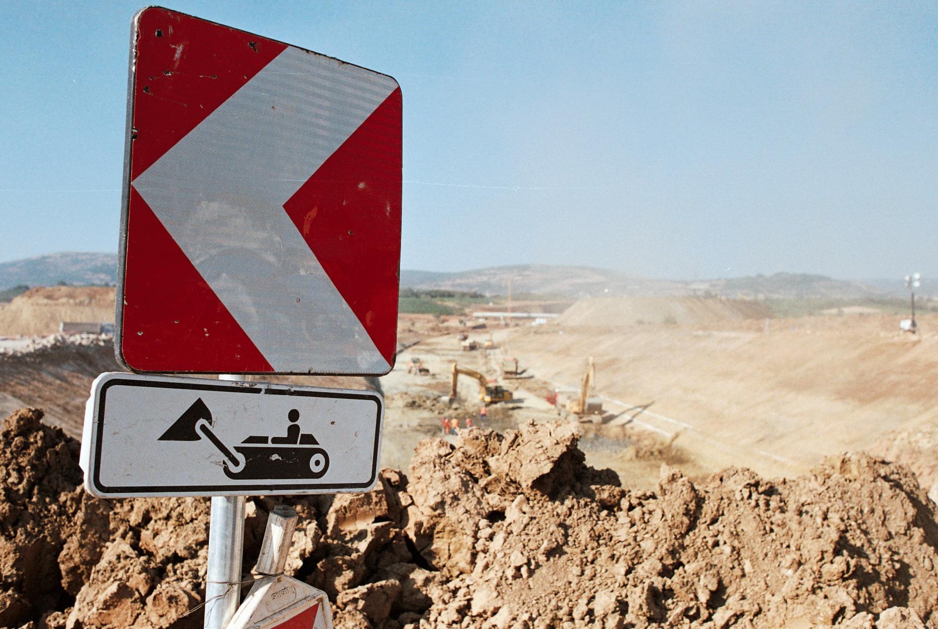 Autostrada in costruzione presso Suhareke - F.Martino