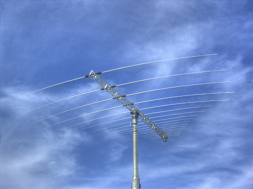 Antenna - twicepix/flickr