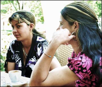 Due ragazze rom (foto M. Rukaj)