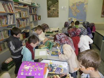 Bambini della minoranza islamica di Tracia